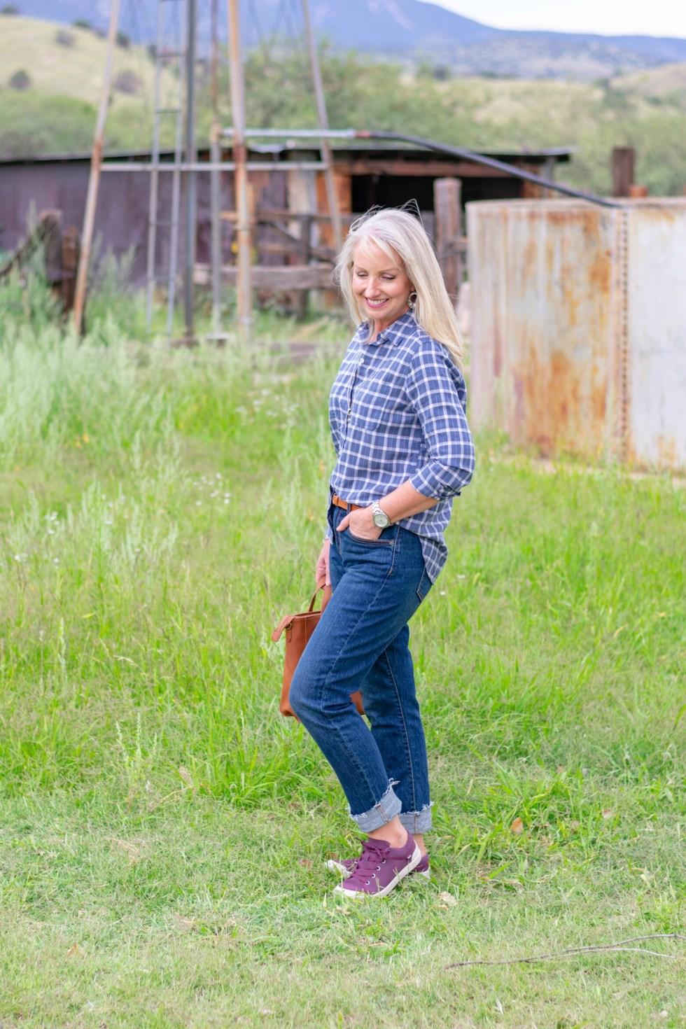 Boyfriend-Jeans-Plaid-Button-Up-Top