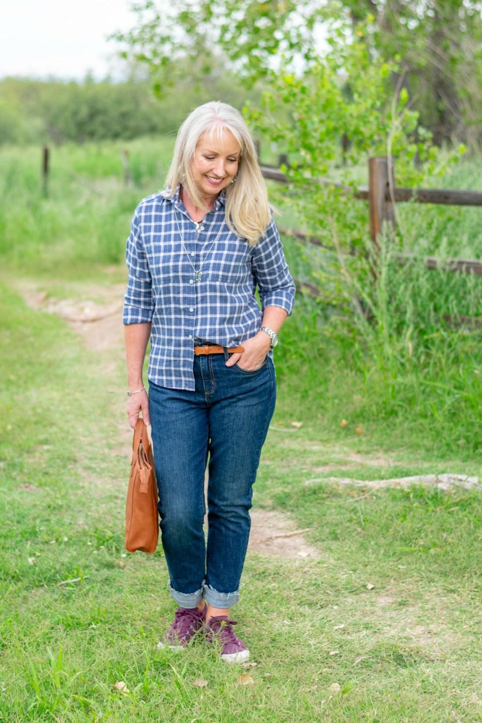 oyfriend-Jeans-Plaid-Button-Up-Top