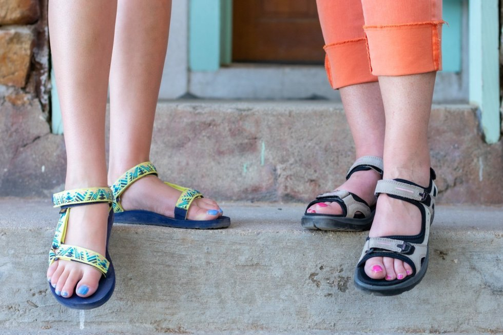 Casual Summer Looks for Mother & Daughter
