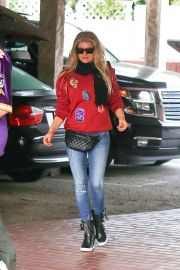 Fergie Is Seen On December 21, 2014 In Los Angeles. Getty Images -Cosmopolitan.com: Fannypack Outfits Street Style Ideas