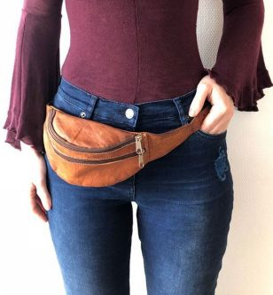 Etsy.com In Search Of A New Hip Bag That Fits Your Boho Style? Our Handmade Leather Purses Are The Perfect Finishing Touch To Any Outfit (& Of Course, Perfect For Toting Your Daily Must-haves). You'll Love The Super Soft Leather, Attention To Detail And Bo