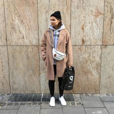 Instagram.com -: Fannypack Outfits Street Style Ideas