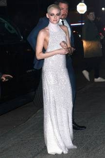 Kristen Stewart in a Gorgeous Fashion - 026 | Fashion DressFitMe