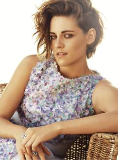 Kristen Stewart in a Gorgeous Fashion - 032 | Fashion DressFitMe