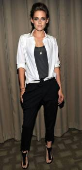 Kristen Stewart in a Gorgeous Fashion - 047 | Fashion DressFitMe