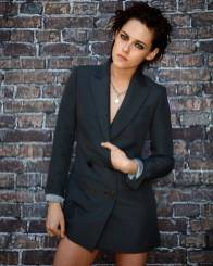 Kristen Stewart in a Gorgeous Fashion - 065 | Fashion DressFitMe