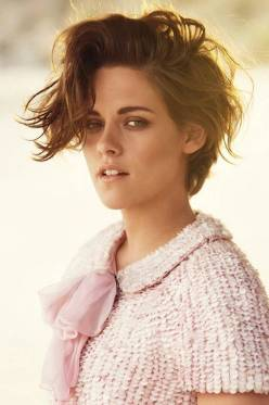 Kristen Stewart in a Gorgeous Fashion - 087 | Fashion DressFitMe
