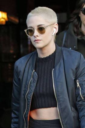 Kristen Stewart in a Gorgeous Fashion - 115 | Fashion DressFitMe
