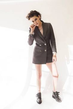 Kristen Stewart in a Gorgeous Fashion - 171 | Fashion DressFitMe