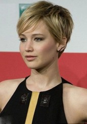 Pixie haircuts for women (36)