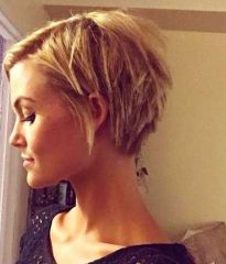 Pixie haircuts for women (65)