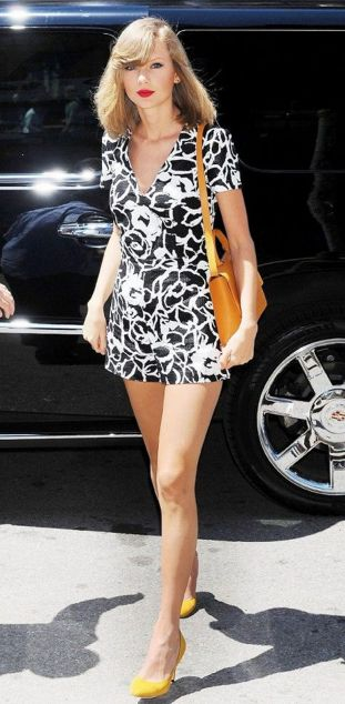 Taylor swift's most epic fashion moments 08