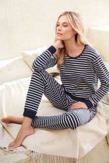 Women's pyjamas style to help you look sharp 091 fashion