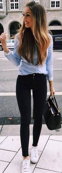 Women's white sneakers outfit 02