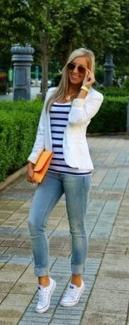 Women's white sneakers outfit 19