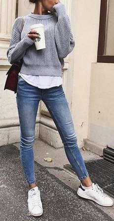 Women's white sneakers outfit 22