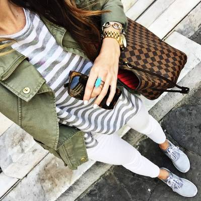 Women's white sneakers outfit 36