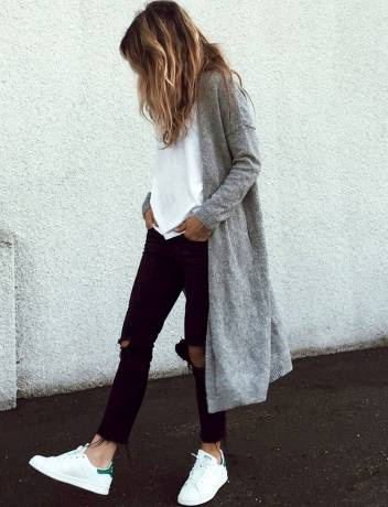 Women's white sneakers outfit 40