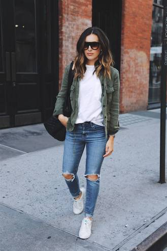 Women's white sneakers outfit 61