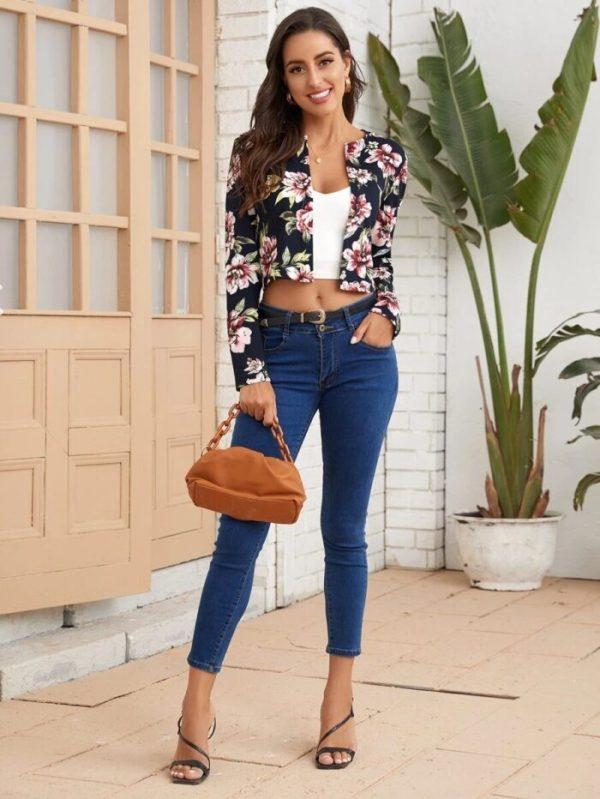 Дамско яке на цветя