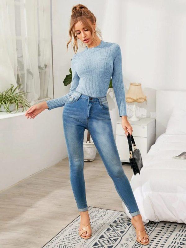Дамски пуловер в синьо