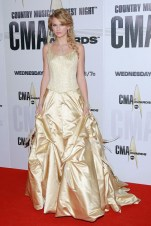 She wore a gown by Sandi Spika to the CMA Awards in Nashville.