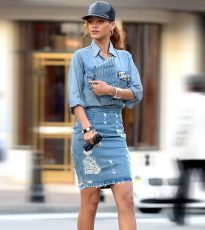 19-Cute-Denim-Shirt-Outfits-Ideas