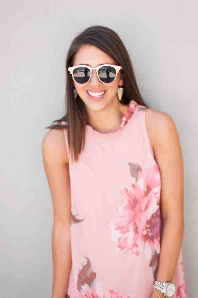 Dress Up Buttercup   Houston Fashion Blog - Dede Raad   A dress that screams Mothers Day