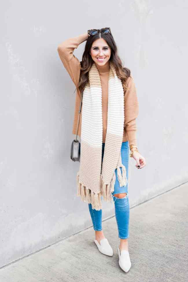 Dress Up Buttercup // A Houston-based fashion travel blog developed to daily inspire your own personal style by Dede Raad | Waffle Scarf