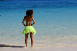 Rihanna Posts Sexy Photos of Herself Topless in Hawaii 10