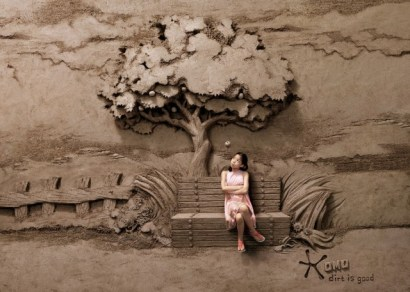 18 Tons of Sand Into Backdrops For Photographs Photos - 001