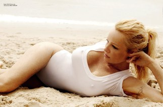 Pamela Anderson Vogue Brasil June 2013 by Mario Testino [Photos] 06