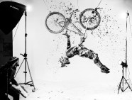 Jaw-Dropping Winners of the Red Bull Illume Sports Photography Contest-02