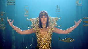 Katy Perry - Dark Horse Music Video 05