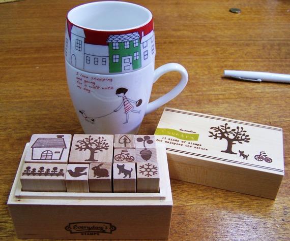 Stamps_and_mug