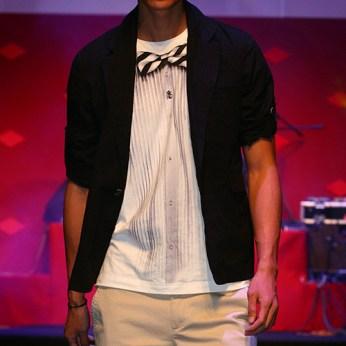 menswear catwalk round-neck white tee fake bow-tie shirt print on model | British Fashion Denim Retail Brand – Lee Cooper in China :: RDLC collection fashion graphics