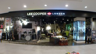 shop front, front display, bulkhead, stage concept inspired drum set window display | British Fashion Denim Retail Brand - Lee Cooper in China :: Hangzhou Xihu Intime store retail design