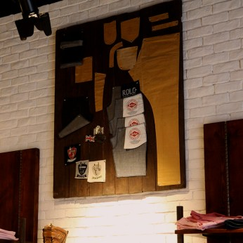 jeans pattern collaborated on wooden wall display   Lee Cooper in China :: retailing design and visual merchandising all shops props