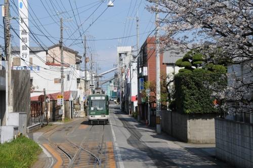 鏡川橋手前にも信号所があるが、タブレット交換はない。