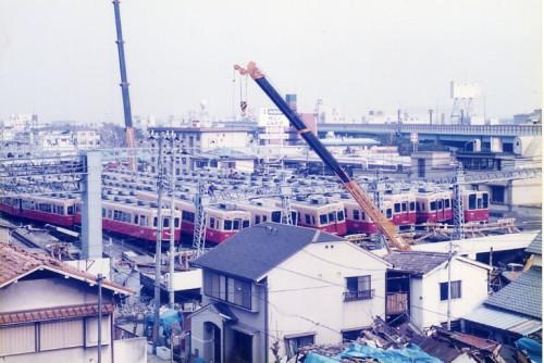 震災で壊滅した石屋川(新在家)車庫-酒井福三さん提供-