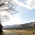 かつて信貴電のデハ51が走っていた大和川鉄橋を望む。