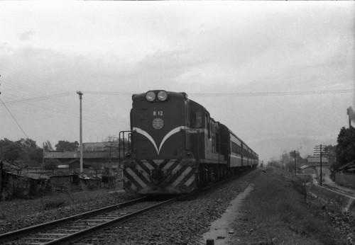 s-68.3.23台中R12