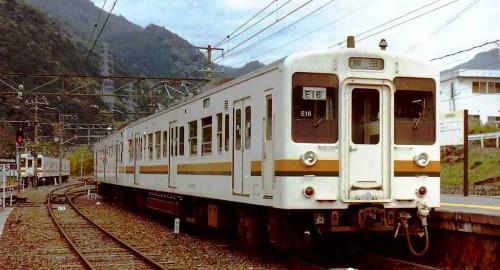 クモハ119-27