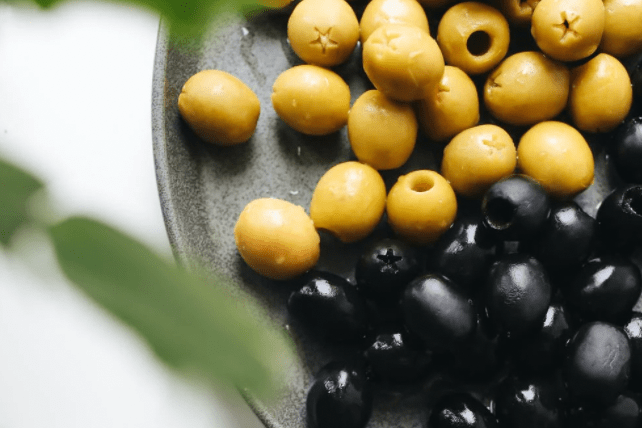 7 Ways Olives Can Help Keep You Healthy, Young and Energetic