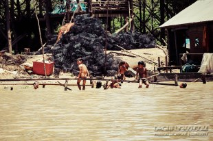 Play-time on the Tonle Sap