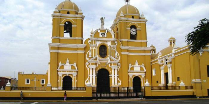 Volunteer in Trujillo Peru