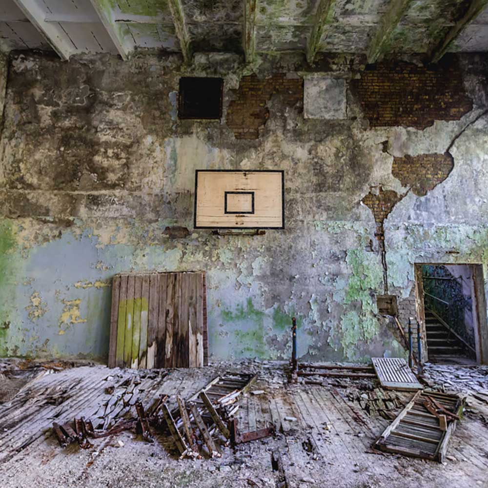 Go Post-Apocalyptic At Chernobyl