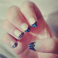 Blue and black tips with bows