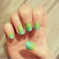 Gradient in green