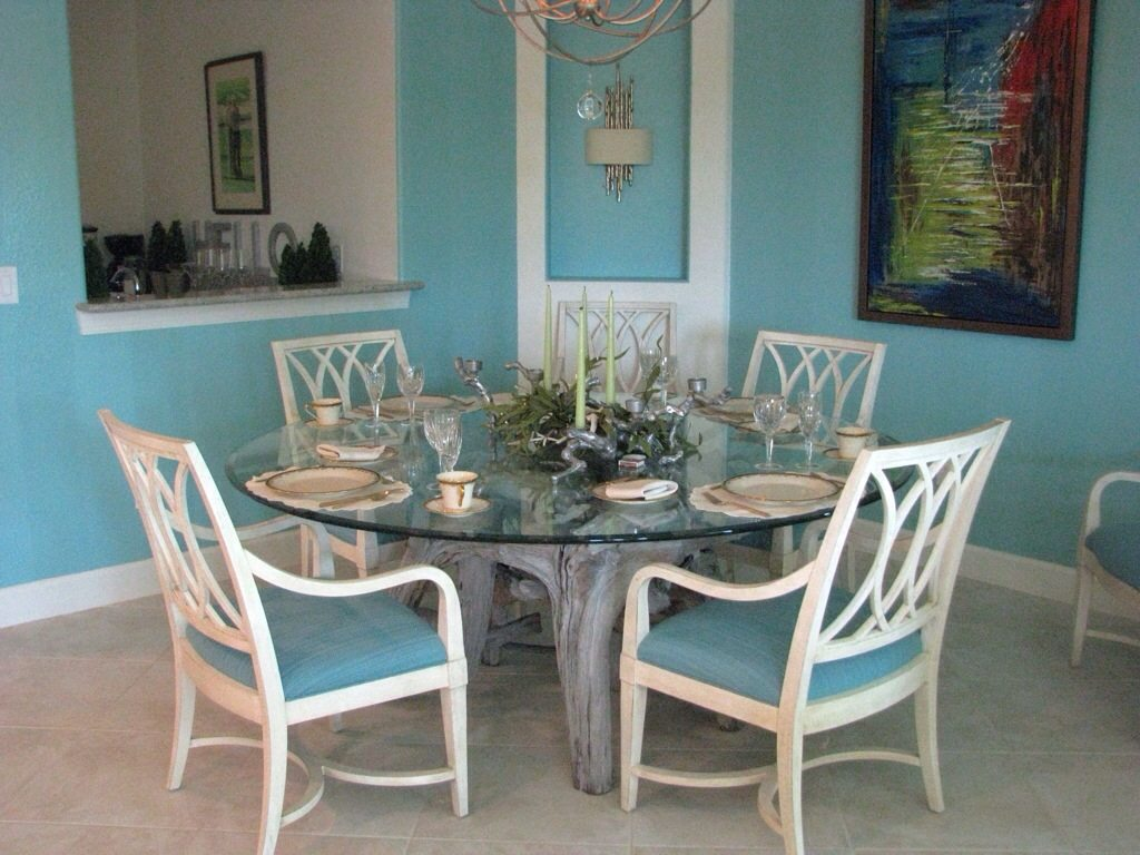 A Customer\'s Driftwood Dining Table   Driftwood Decor